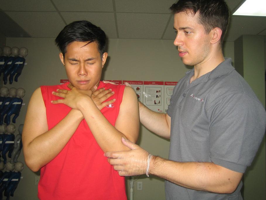 Standard First Aid training in Ottawa, Ontario